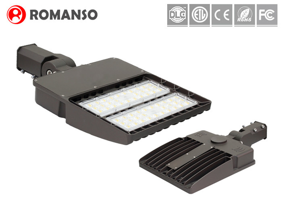 High Pole Outdoor Parking Lot Lights With LED  Chips IP65 Dustproof