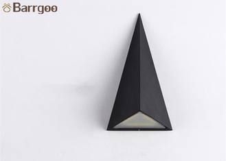 China 9W Triangle Waterproof LED Wall Mounted Light For Interior Exterior Usage supplier